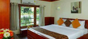 Backwater Houseboat Stay 5